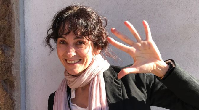 ESCRIBE TU RELATO DE NOVIEMBRE (III): HELENA CAMUÑAS, PROFESORA DE DANZA