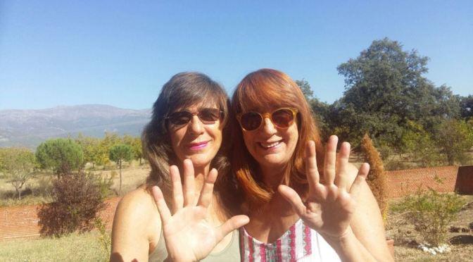 Nuestros escritores solidarios felicitan a las actrices Gracia y Soledad Olayo