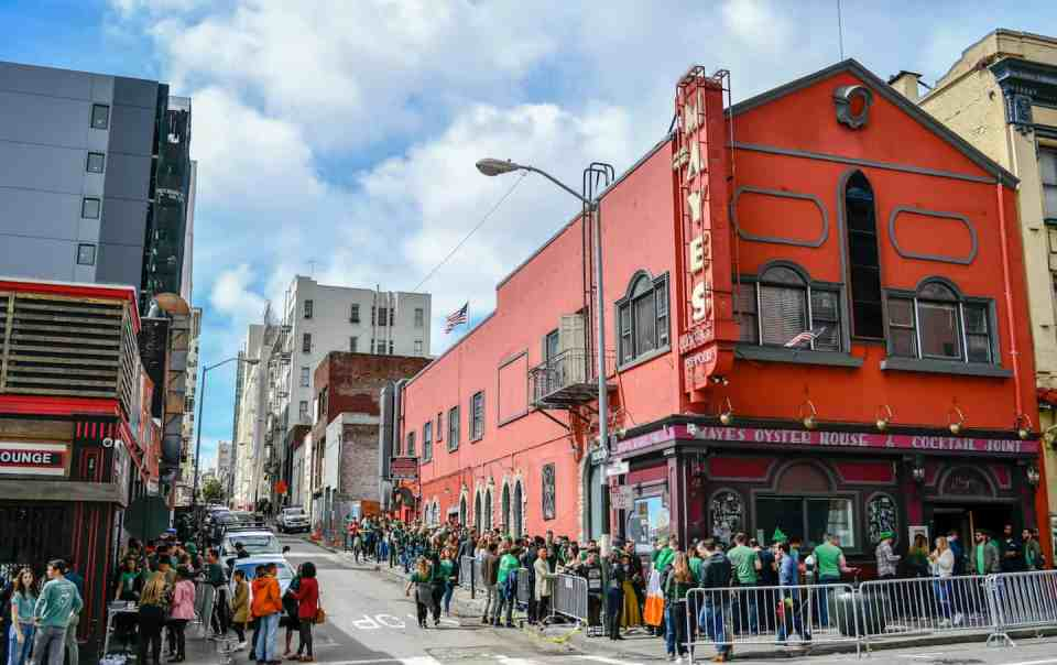 Cinco De Mayo Pub Crawl Bars