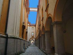 melk-abbey-arch_pse0337