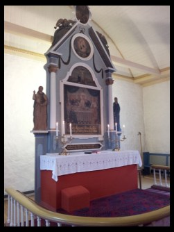 Hosanger Church altar, Osterøy