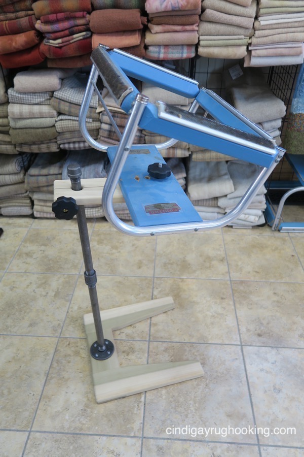 rug hooking floor stand and frame