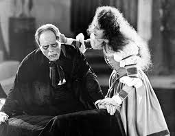 Lon Chaney and Mary Philbin