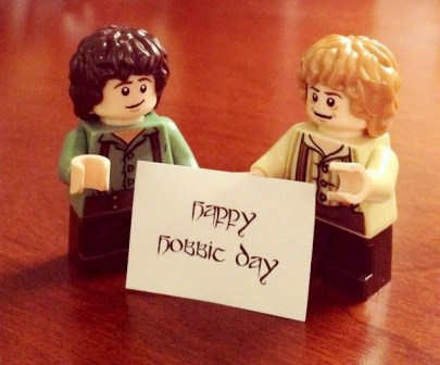 Hobbit Day Lego Bilbo and Frodo e