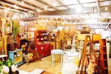 vintage market booth 4