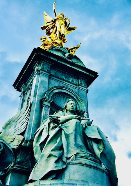 10 Things You May Not Know About Buckingham Palace queen victoria