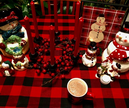 Christmas Wonderland with Decocrated candle ring