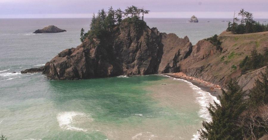 Oregon ocean cove