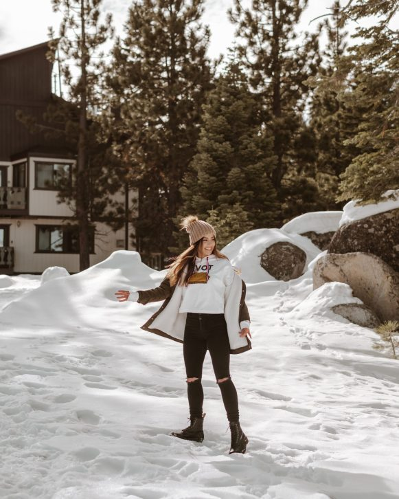 snow play in Lake Tahoe - 16 places to to visit in California
