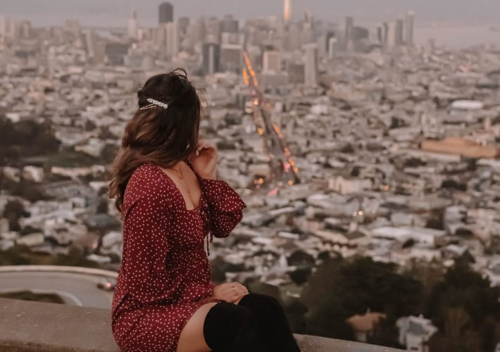 The Perfect 3-Day San Francisco Itinerary | the perfect 3-day itinerary for your next trip to San Francisco. Twin Peaks, San Francisco outfit, San Francisco photo idea, California travel