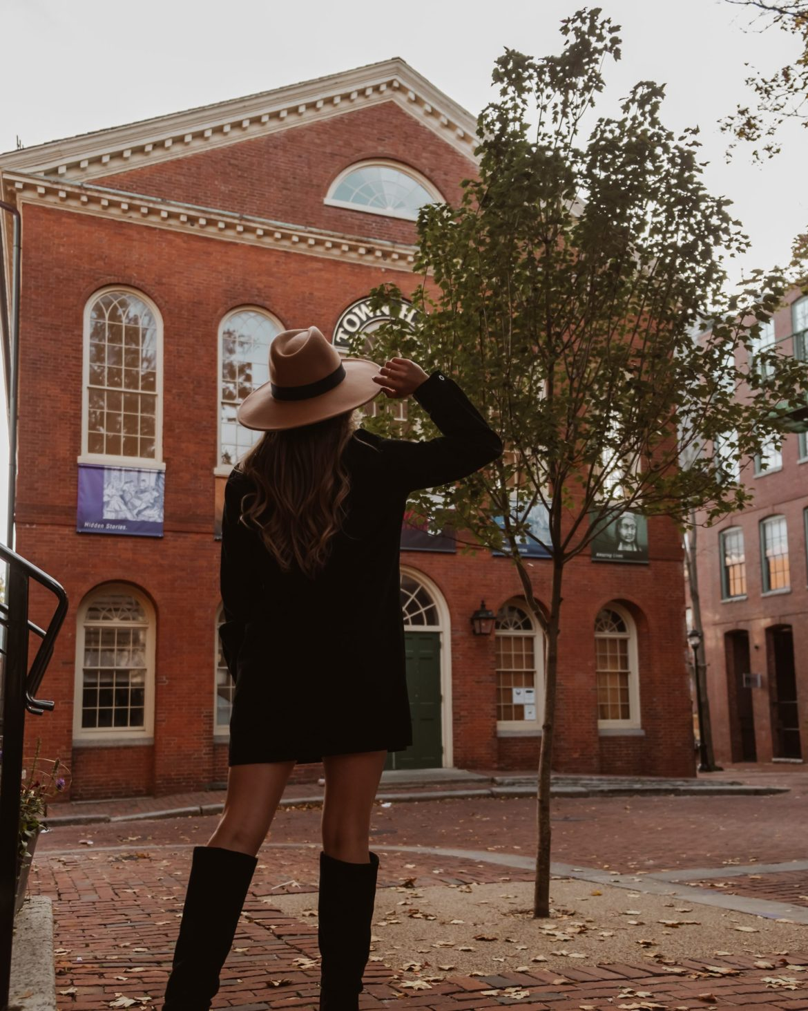 Salem Massachusetts outfit ideas and photo inspo