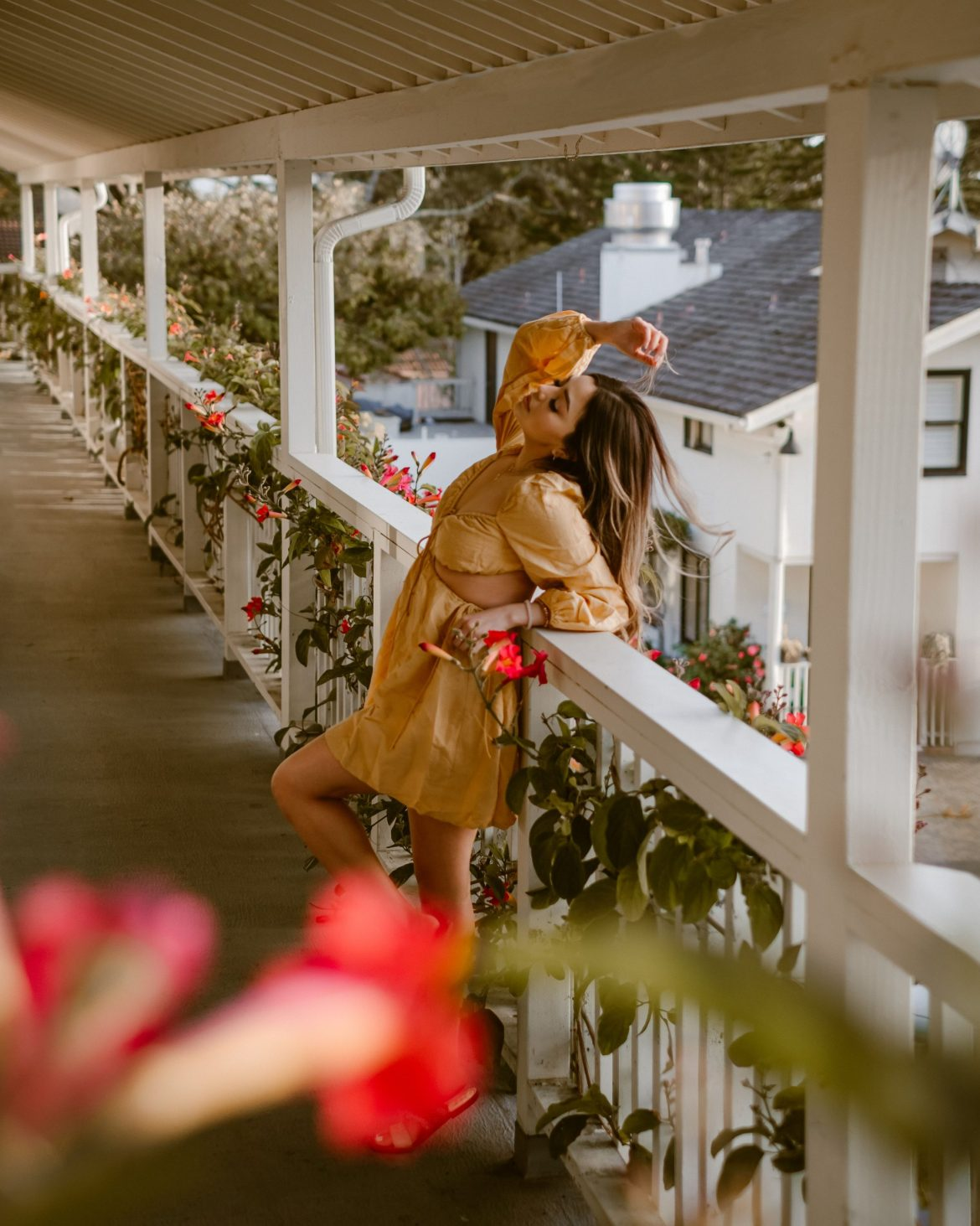 girl photography, creative hotel photoshoot, summer outfit ideas, summer dress, Carmel by the sea, travel destinations