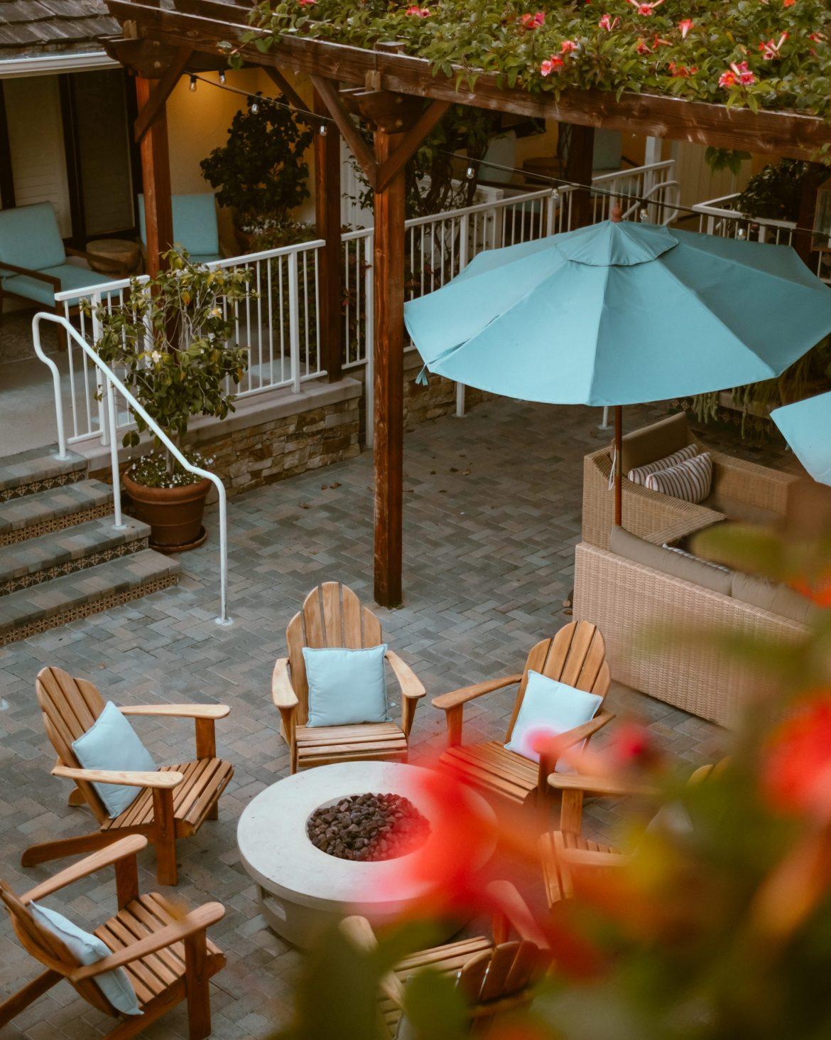 dreamy courtyard at Hotel Carmel