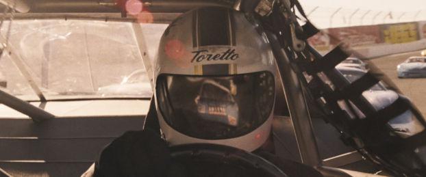 Le père Toretto dans sa Nascar