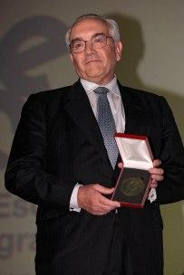 Juan Ramón Gómez Fabra,dueño del cine Palafox, Medalla a la labor de promoción del cine