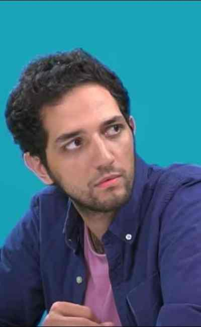 Omar Mebrouk dans la web série Vous êtes vraiment sympa !