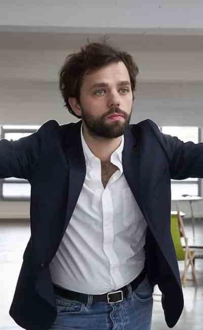 Yann Frisch dans Les 2 Alfred