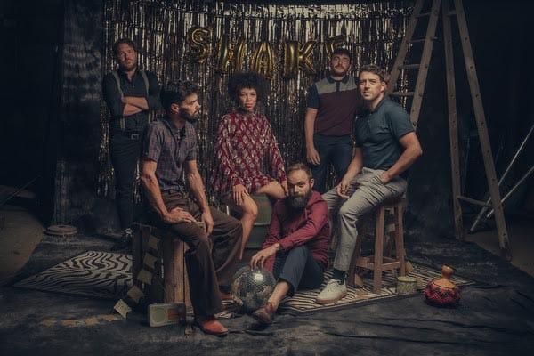 The Buttshakers pour la promo de leur 3e album