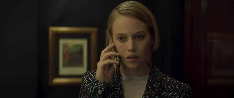 Lou de Laâge dans Boîte noire (2021), film de Yann Gozlan
