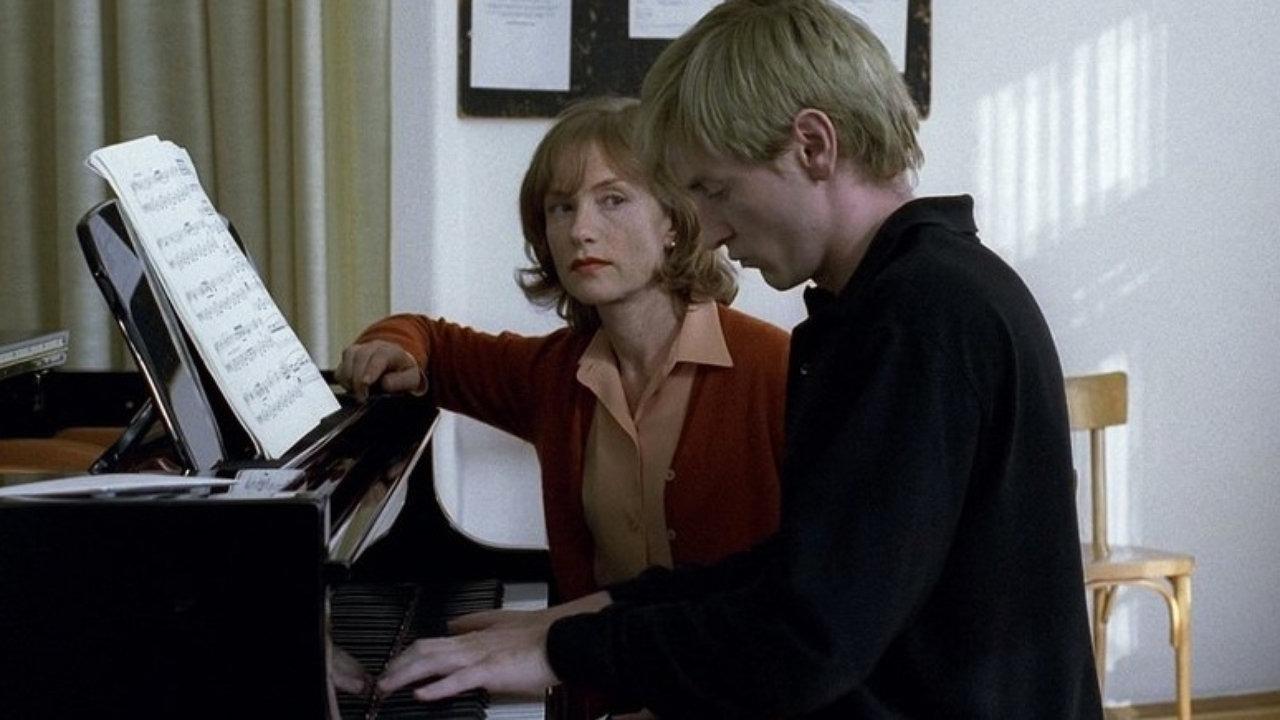 Resultado de imagem para A PROFESSORA DE PIANO (2001)