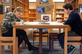 Emma-Watson-e-Logan-Lerman-09Jan2012_02