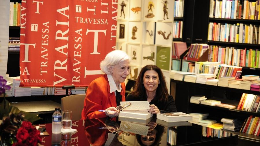 Fernanda Montenegro e Fernanda Torres no laçamento de  Prólogo, Ato, Epílogo
