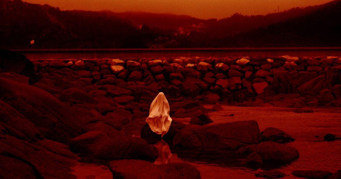 Crítica: Lua Vermelha – 44ª Mostra de São Paulo
