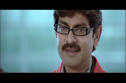 Pravarakhyudu-funky glasses