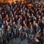 Se Conmemora el Fin de Rodaje de 'Suicide Squad' con Enorme Foto Grupal