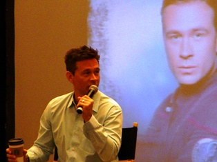 Connor-Trinneer2-Star-Trek-2013-small