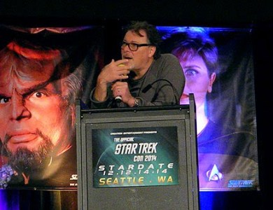 Jonathan Frakes at the Seattle Star Trek Con 2014