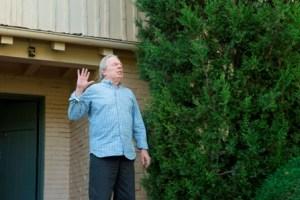 Michael McKean as Chuck Thurber - Better Call Saul _ Season 1, Episode 7