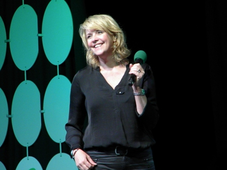 Amanda Tapping Emerald City panel