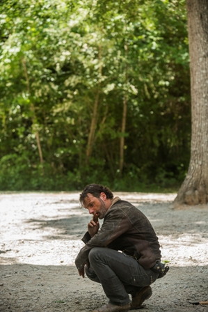>>> NOT TO BE USED UNTIL 10/24/16 at 1:00 AM EST <<< Andrew Lincoln as Rick Grimes - The Walking Dead _ Season 7, Episode 1 - Photo Credit: Gene Page/AMC