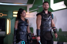 Tessa Thompson, Chris Hemsworth – Thor Ragnarok
