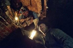 Jason Statham et Daniel Mays dans Braquage à l'anglaise (2008)