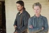 Christian Bale et Gretchen Mol dans 3:10 to Yuma (2007)