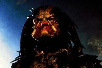 Kevin Peter Hall dans Predator (1987)
