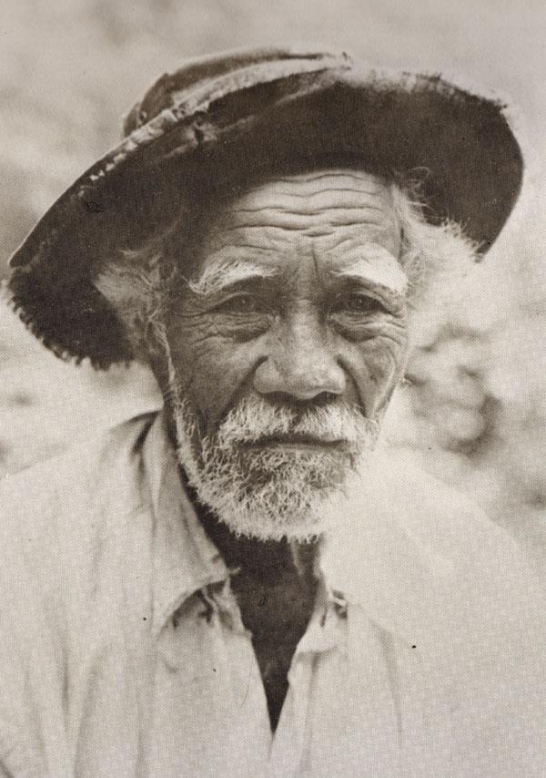 Hawaiians in Hats (4/6)