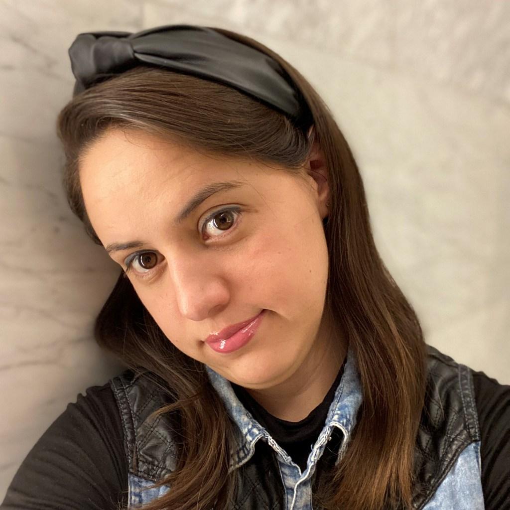 Paola Morlote colaboradora de Cinema Saturno