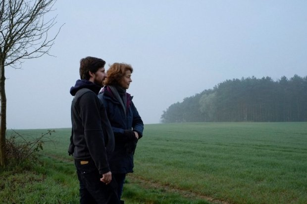 45-years-2015-004-behind-the-scenes-andrew-haigh-charlotte-rampling