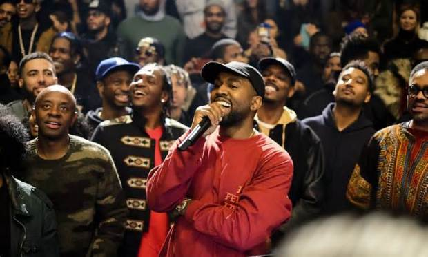 Kanye-West-s-The-Life-of-Pablo-launch-the-view-from-the-Vue.jpg