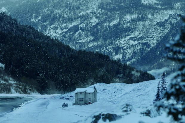 the-snowman-first-look-picture-5.jpg