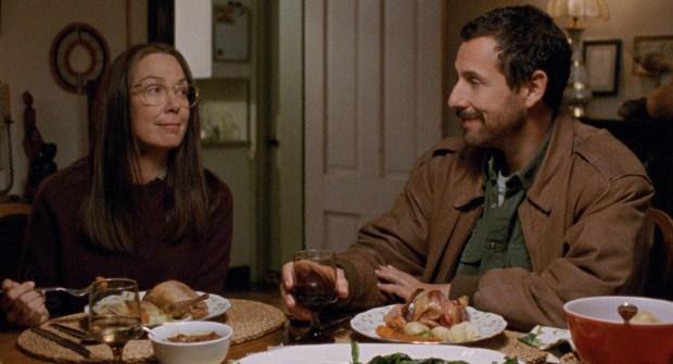 10-18_movie_review_-_meyerowitz_stories_-_two_shot