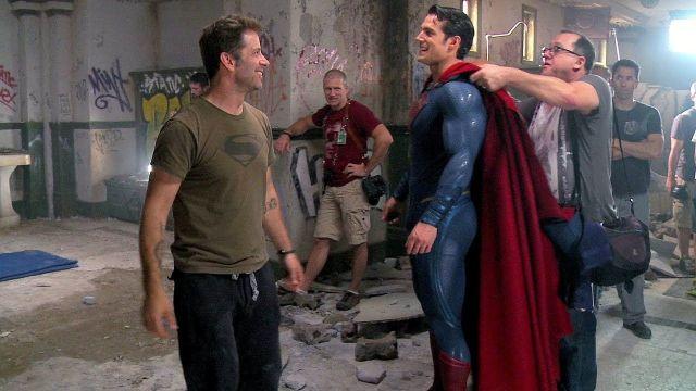 Henry Cavill como Superman con Zack Snyder