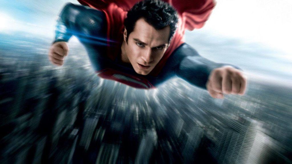 Henry Cavill como Superman volando