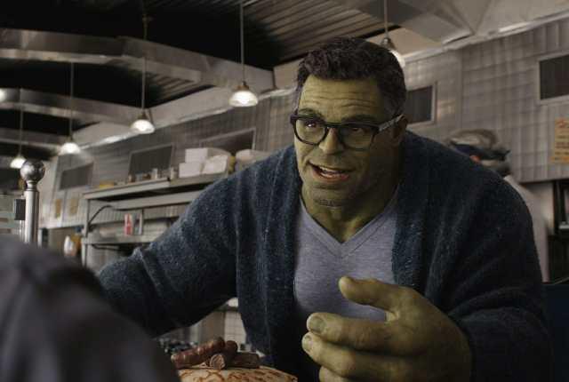 escena de profesor hulk en avengers: endgame