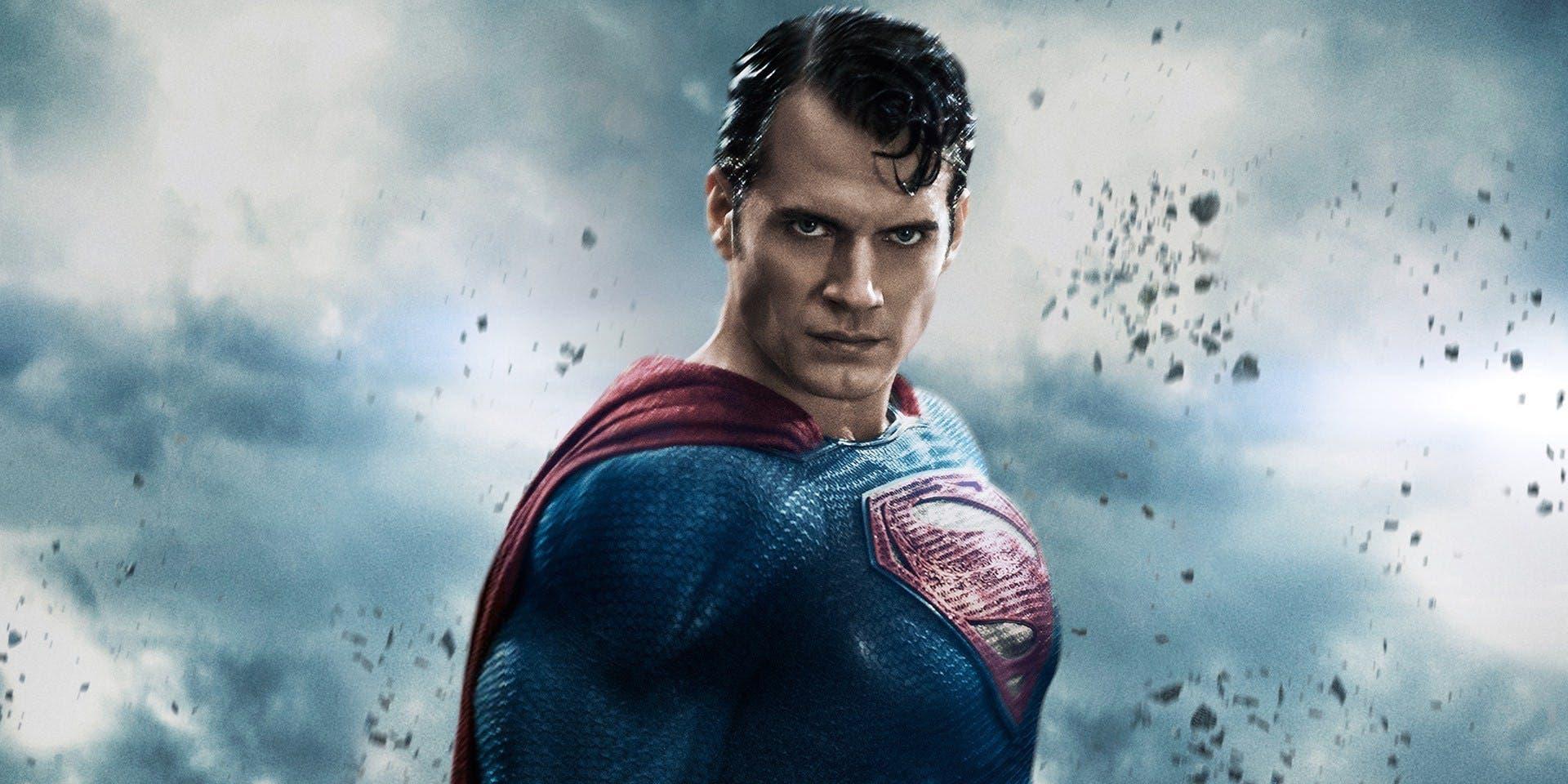 Henry Cavill quiere seguir siendo Superman por muchos años
