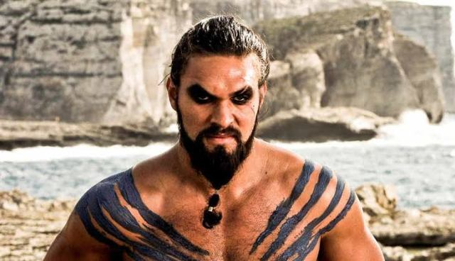 Fotografía de Jason Momoa como Khal Drogo en Game of Thrones