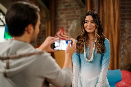Pictured: Miranda Cosgrove as Carly of the Paramount+ series iCARLY. Photo Cr: Lisa Rose/Paramount+ ©2021, All Rights Reserved.
